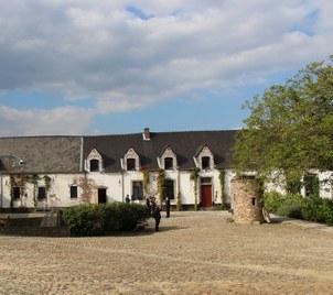 Fouilles archéologiques à la Ferme de Mont-Saint-Jean