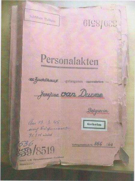 Dossier de prisonnière